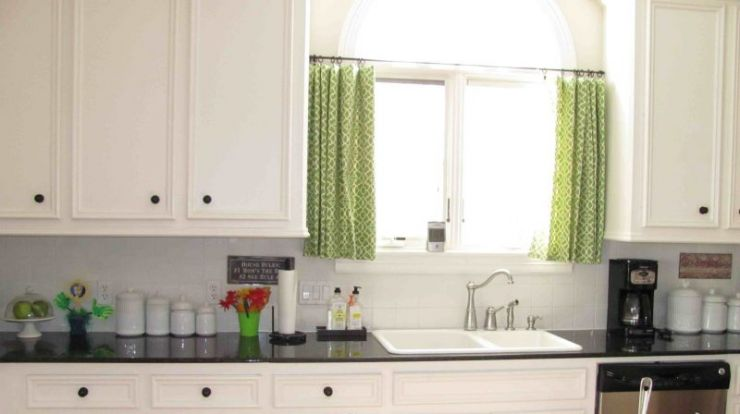 innovative-green-kitchen-window-curtains-above-white-sink-and-black-countertop-on-long-counter