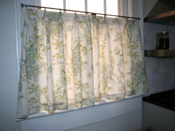lace-cafe-curtains-kitchen