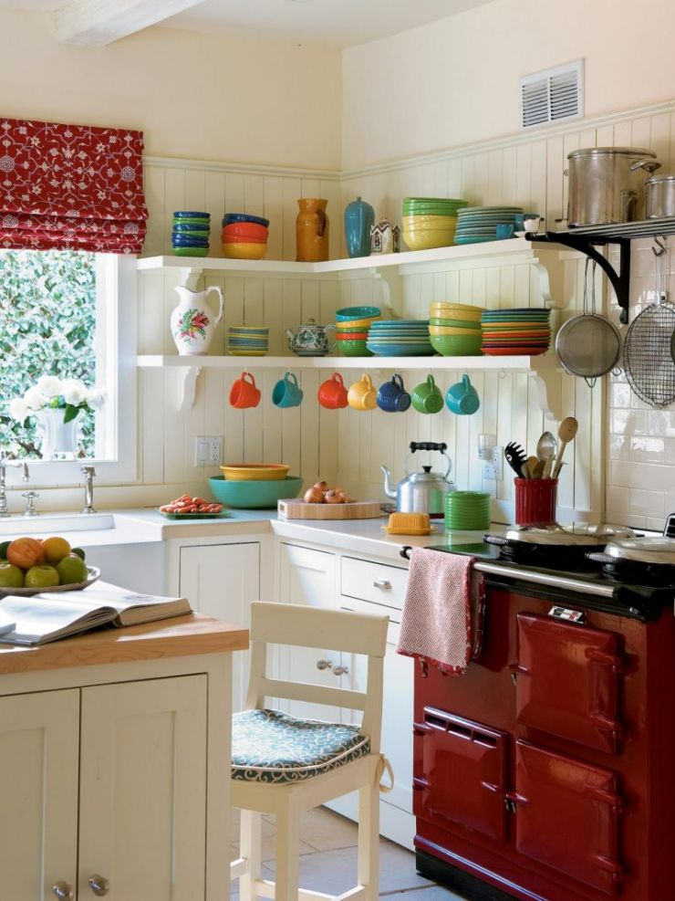 cute-kitchen-design_beautiful-red-stove_colorful-kitchen-appliance_small-and-cozy-kitchen_soft-wall-paintings-800x1067