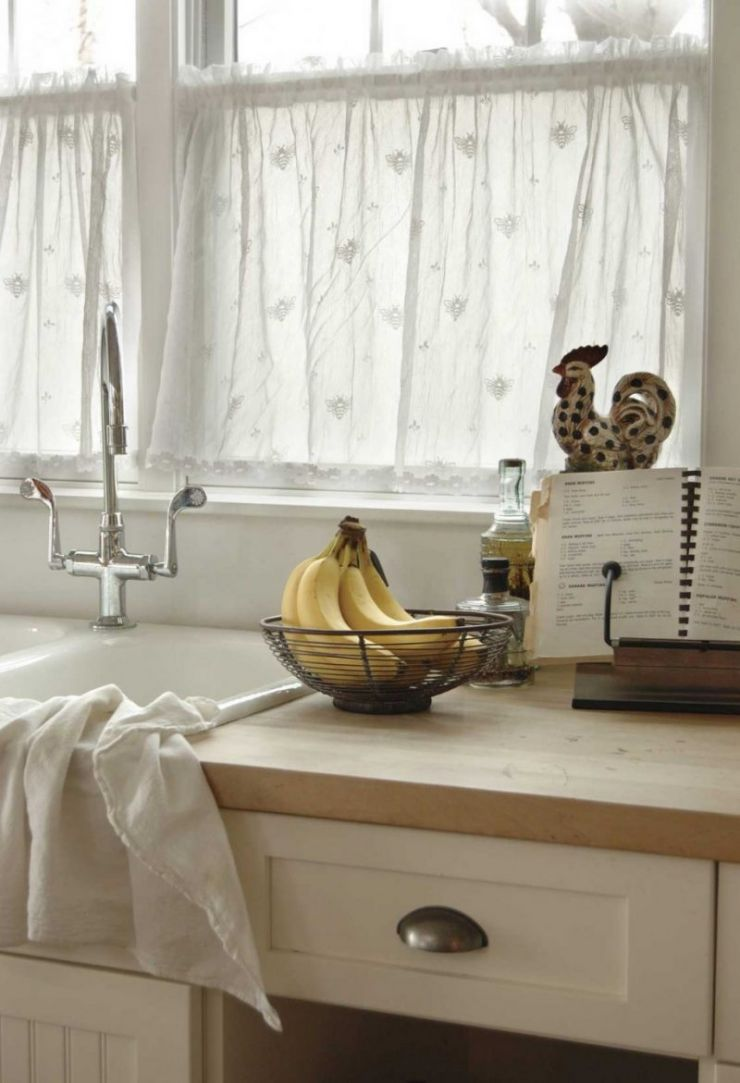 kitchen-window-curtains-12