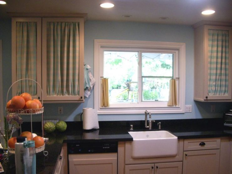 with-kitchen-cabinet-curtains-l-802d1390d43d859d
