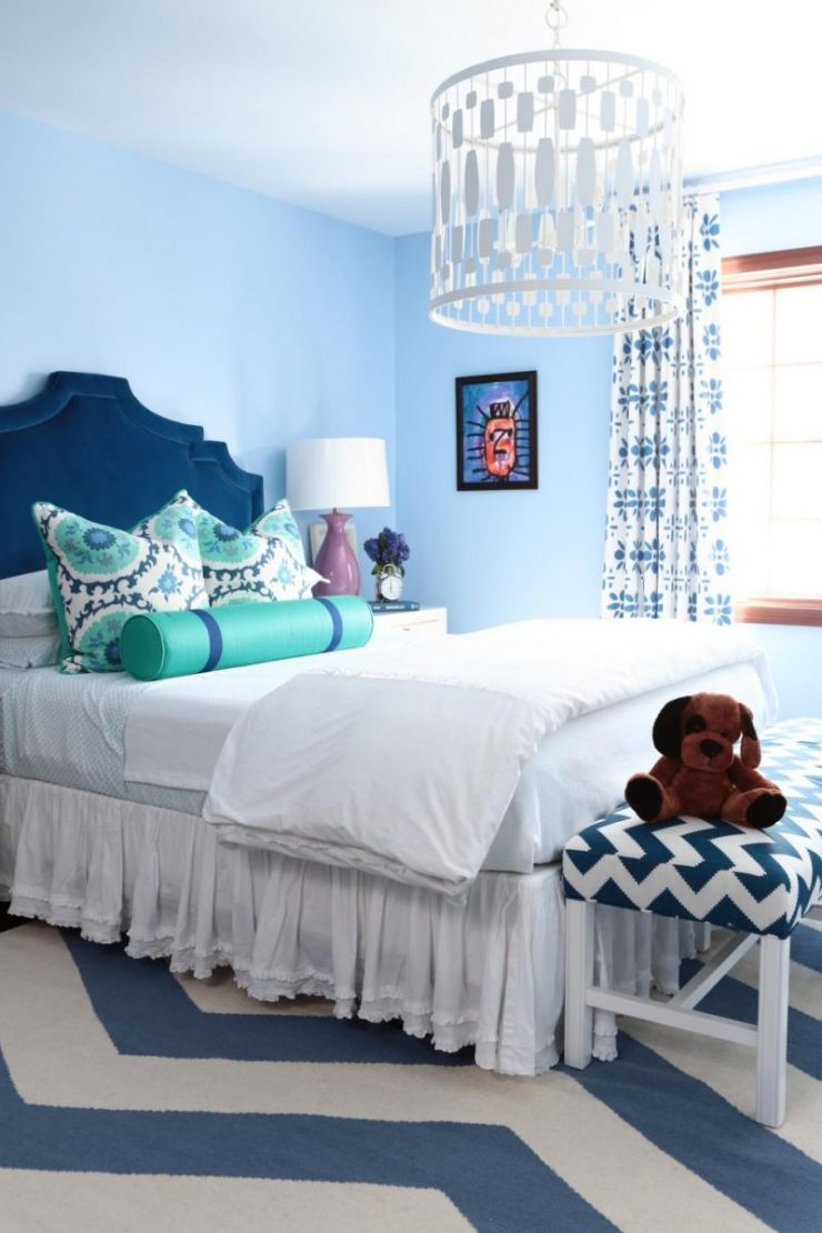 ffod_alisha-gwen_pinehurst-circle-blue-bedroom-jpg-rend-hgtvcom-966-1449