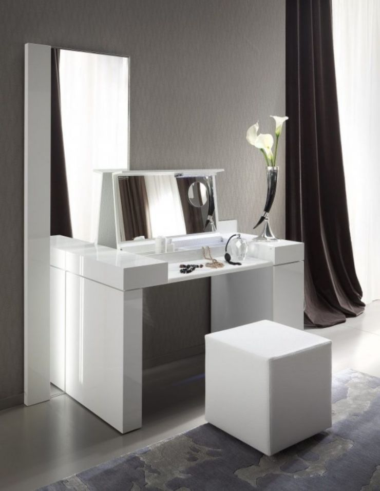 bedroom-luxurious-bedroom-furniture-of-white-vanity-designed-with-mirror-and-square-white-stool-combine-with-long-dark-curtain-bedroom-vanity-mirror-with-lights